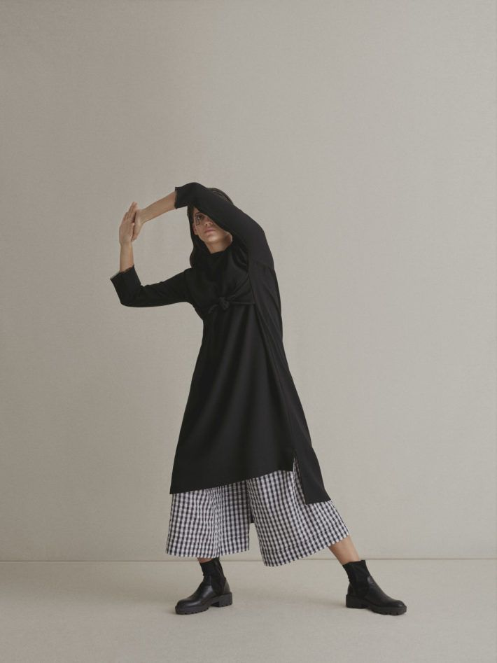 WOOL CREPE DRESS  | COTTON WIDE TROUSERS