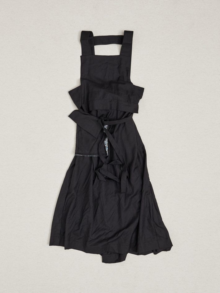WOOL DRESS WITH BACK PLEAT