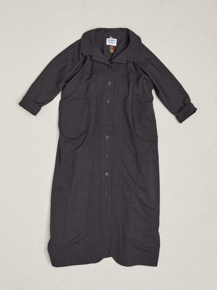 WOOL COAT WITH BACK PLEAT